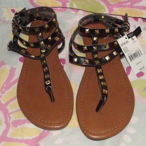SM Ladies Sandals Black, Ankle strap, NWT's